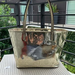 KATE SPADE GOLD TOTE WITH 💕 R3
